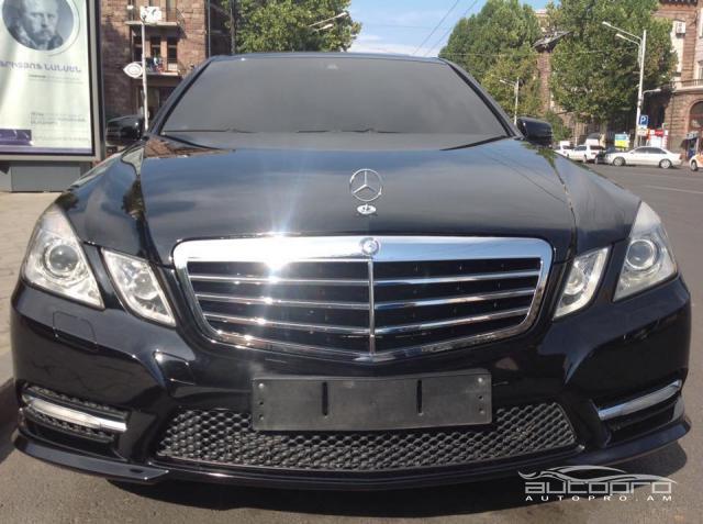 Mercedes benz e 350 2012 30 000 for Mercedes benz 30000